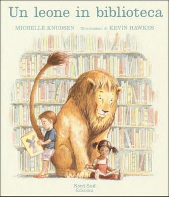 Un leone in biblioteca. Ediz. mini
